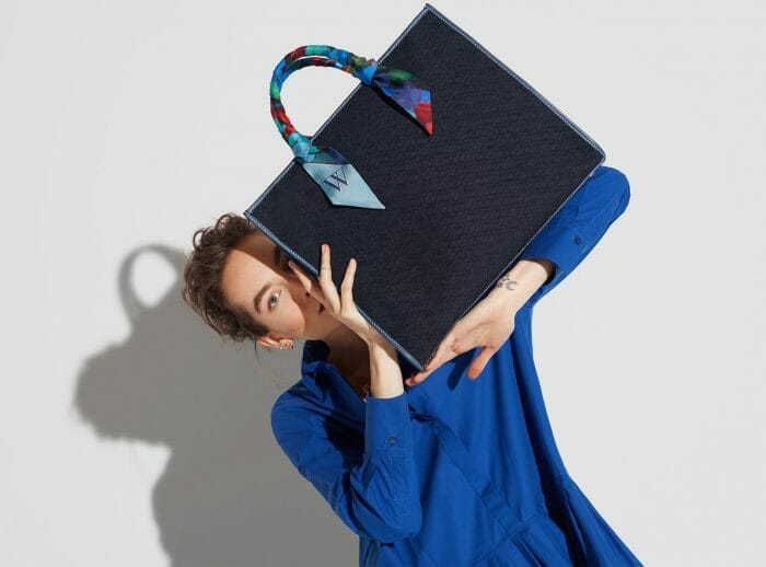 CH Carolina Herrera. New Womenswear Collection Painted in blue. Look 08